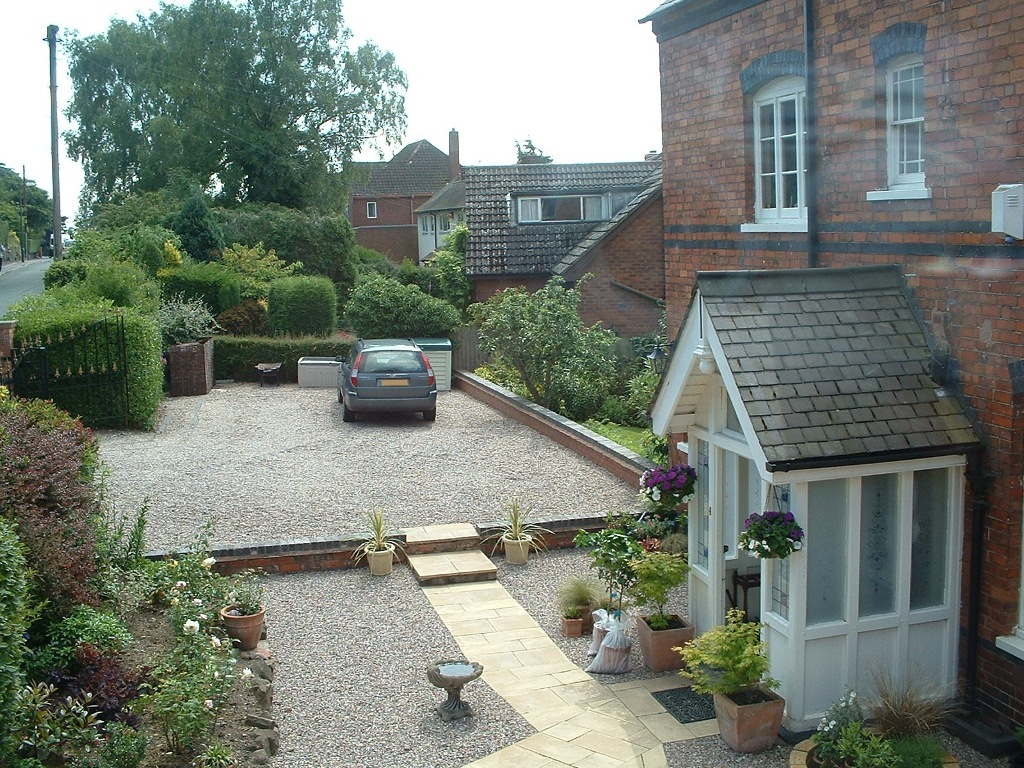 Chetwynd House driveway